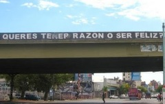 QUIERO TENER RAZON O SER FELIZ