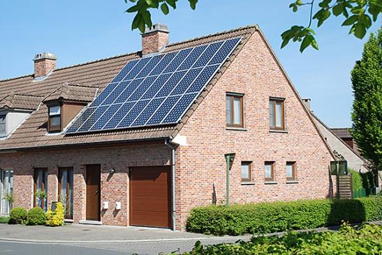 La Comisión Nacional de la Energía afirma que la propuesta de decreto de autoconsumo impediría desarrollar las fuentes renovables.